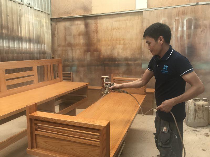 Ghế sofa giường ở Nội thất Mạnh Hệ được sản xuất tại xưởng riêng tại quận 12 với đội ngũ nhân công lâu năm