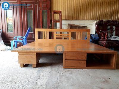 Mẫu ghế sofa + bàn trà mở thành giường được hoàn thiện