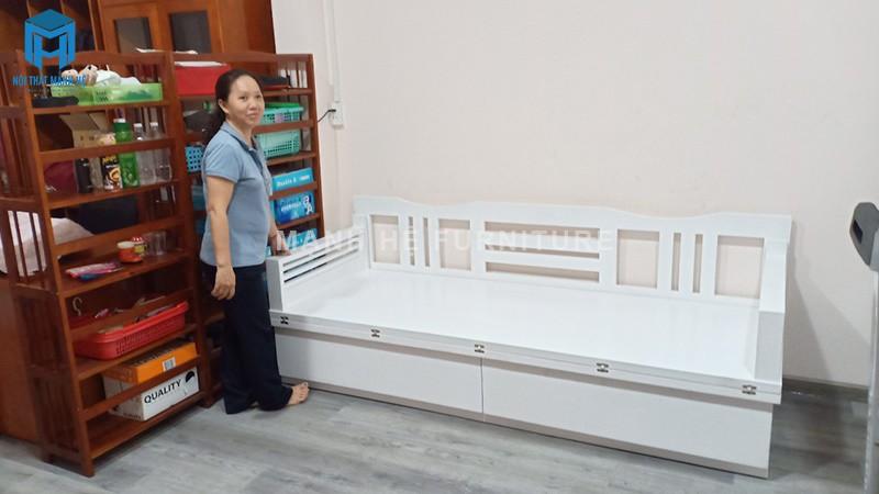 Ghế sofa giường của Mạnh Hệ vận chuyển đến nhà của khách hàng
