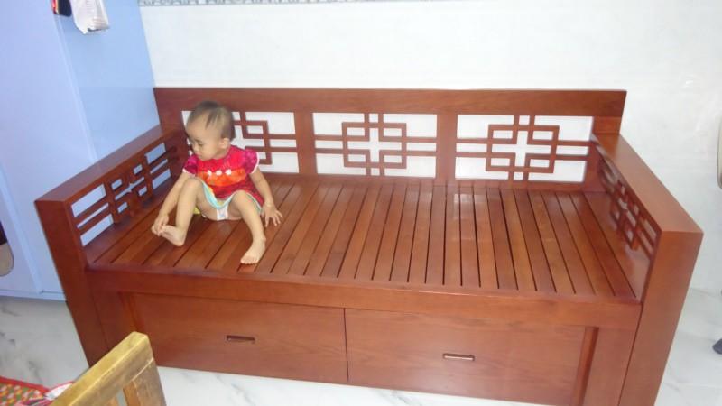 Ghế sofa giường gấp gỗ tự nhiên VIP01 nhà anh Dũng - chị Chi