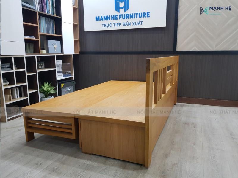 Sản phẩm ghế sofa gấp thành giường hoàn thiện với màu gỗ sồi tự nhiên
