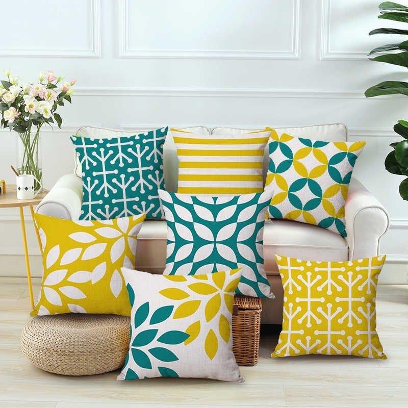 Gối tựa ghế sofa giường với màu sắc bắt mắt, tươi tắn